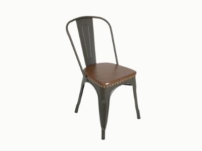 Silla Tolix color café y asiento tapizado en eco cuero marrón